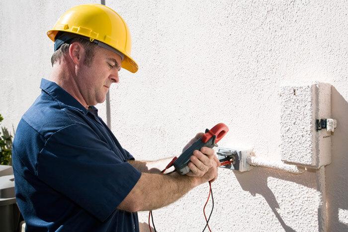 RenovatingElectrician