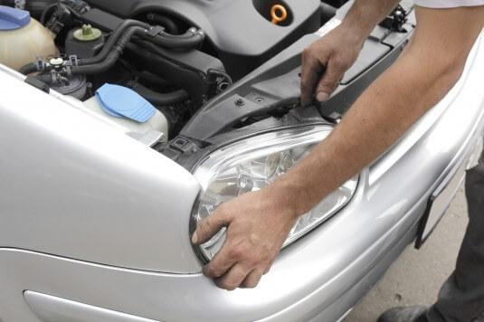 Car maintenance & servicing basics (Including checklists)