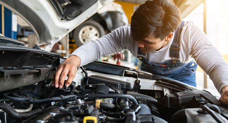 Car maintenance & servicing basics (Including checklists)