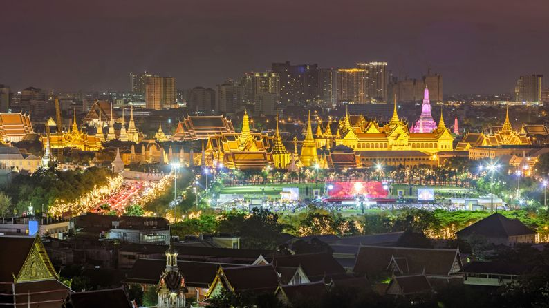 Beutiful scene of Wat Phra Kaew at dusk