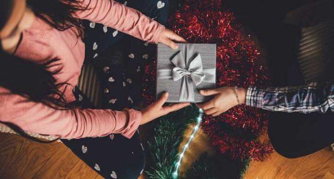 11 Money-saving tips for Christmas