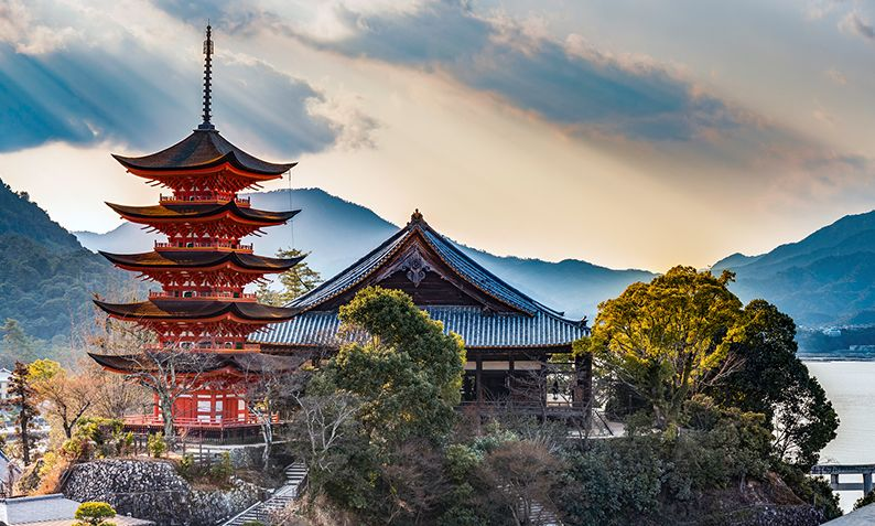 Japan Travel Guide: 19 Things You Should Know Before