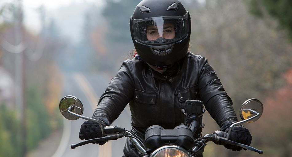 How To Choose A Motorcycle Helmet That S Right For You Simply Savvy